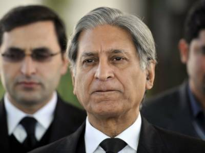 Federal Government might not complete its tenure: Ch. Aitazaz Ahsan
