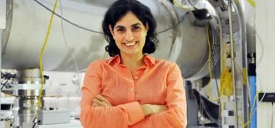 Pakistani born Dr. Mavalvala amongst the team members discovering gravitational waves