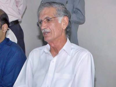 Pervaiz Khattak asks authorities to register the unregistered Afghan refugees in KPK