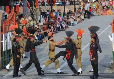 LAHORE: Impressive Parade Ceremony held at Wagah Border on Pakistan Day