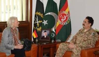 RAWALPINDI: German Ambassador calls on COAS Raheel Sharif in GHQ today