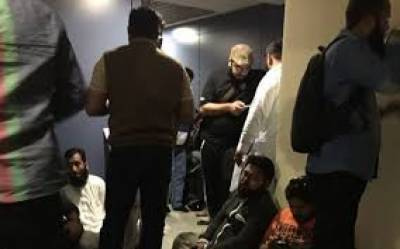 Stranded Pakistanis in Moscow arrive back home
