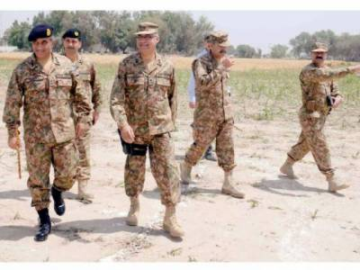 Corps commander Multan visits Chottu Gang Operation area