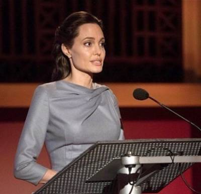 Angelina Jolie to deliver lectures on women in London University