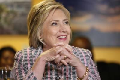 Hillary Clinton defeats Bernie Sanders in Puerto Rico