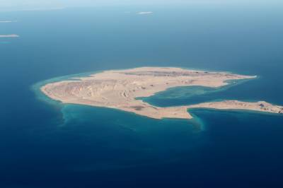 Egypt court quashes cession of Red Sea islands to Saudi: Judge