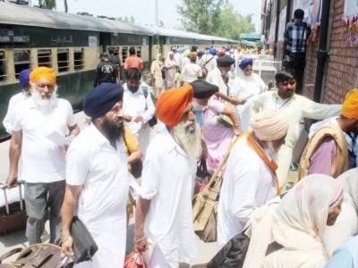 Indian Sikh yatrees arrive in Pakistan to observe death anniversary of Maharaja Ranjeet Singh