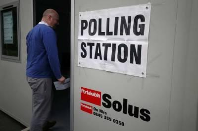 Britain's EU membership referendum voting begins