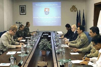 COAS meets Czech civil, military leadership