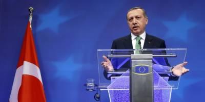 Turkey may have UK-style referendum on Turkey EU bid