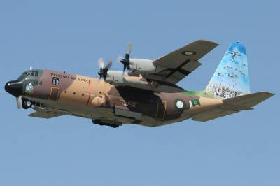 PAF C-130 lands in London for World's biggest air show
