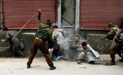 Kashmir Intifada: Indian Troops barbarism continue