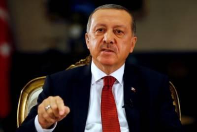Turkey's top spy chief survives despite intelligence failure