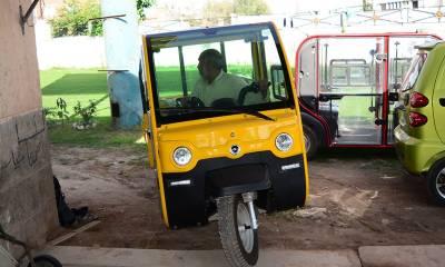 Environmental Pollution: Solar, electric rickshaws to run in Peshawar