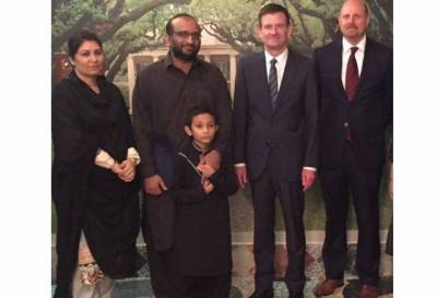 US Ambassador Hale pays respects to family of Abdul Sattar Edhi