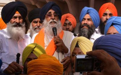 Indian Police arrests Sikhs Akali Dal delegation in IOK
