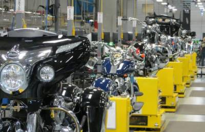 Motorcycle production register increase in FY 2016