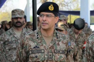 Corps Commander Karachi witness SSU commandos training by