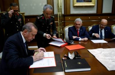 Turkey arrests top businessmen in probe after coup