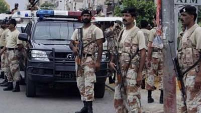 Rangers vehicle under bomb attack in Larkana