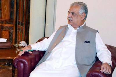 Govt in contact with Saudi authorities to resolve Pakistanis problems: KP Governor