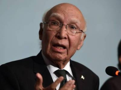Kashmir issue cannot be resolved through bullets: Sartaj Aziz warns India