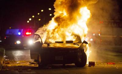 Violence in Milwaukee USA after police shooting of Black Man