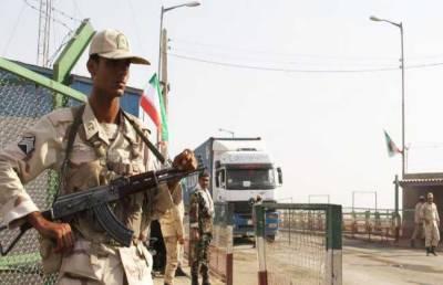 Iran hands over 70 deportees to Levies at Pak-Iran border