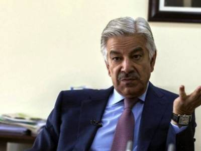 Altaf Hussain is not a Pakistani : Defence Minister
