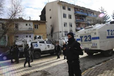 Police headquarters under attack in southeast Turkey
