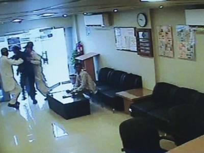 Bank dacoity of more than Rs. 10 million cash