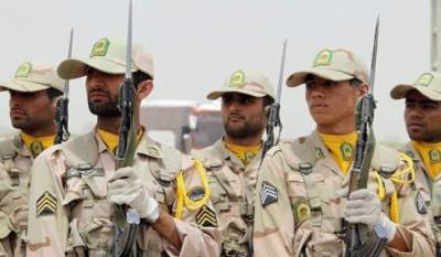 Iranian security forces hands over deportees to Pakistan