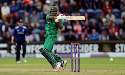 Pak Vs. Eng 5th ODI : Sarfraz Ahmed saves Pakistan from humiliation
