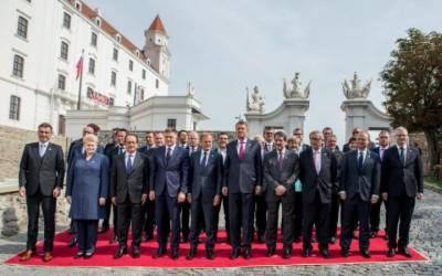 Angela Merkel warns 27 member EU of post Brexit future