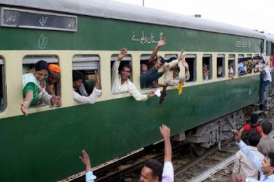 Pakistan Railways upgradation of passengers trains