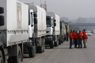 Air strikes hit Red Crescent aid trucks in Syria