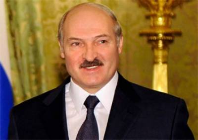Belarus President arrives in Islamabad; PM receives at Airbase