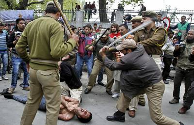 India cannot take Kashmir by military might: APHC