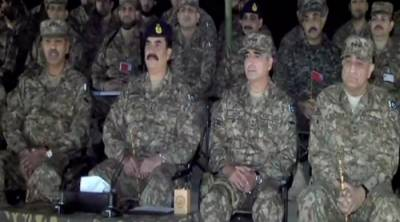 Pakistan Army conducts night field manoeuvre exercise