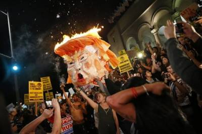 Anti Trump protesters turn violent from New York to Los Angeles