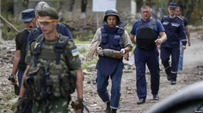 Russia warns Ukraine over arrest of soldiers