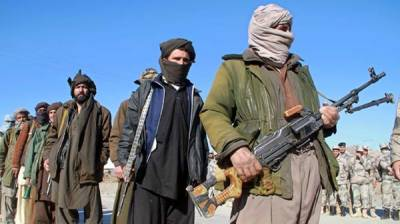 Afghan Taliban Commander lays down weapons, joins peace process