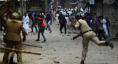 Indian Army severe crackdown in Occupied Kashmir