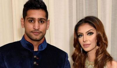 Boxer Amir Khan lashes out at wife and Parents both
