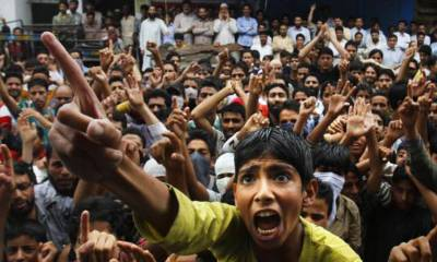 Indian intellectuals slam Indian government over Kashmir
