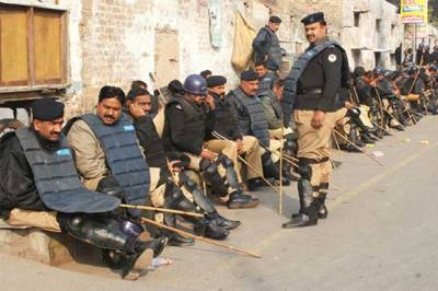 Police Officers rise against the new Punjab Civil Administration Ordinance