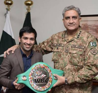 Gen Bajwa appreciates Boxer Waseem for his outstanding achievement