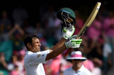 Yunis Khan moves up in ICC Test Rankings