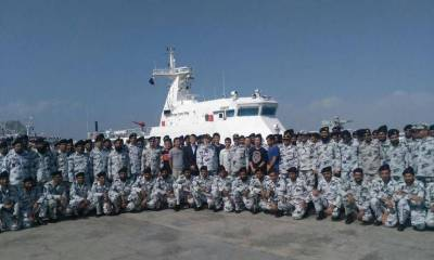 2 Chinese ships arrive for Gwadar port security
