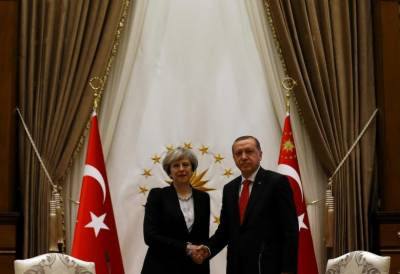 Turkey - Britain to enhance defence ties
